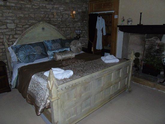 Bisley, UK: Our Room
