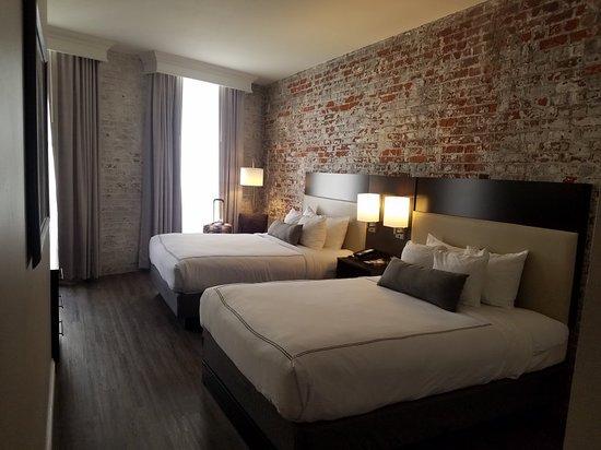 Best Western Plus St. Christopher Hotel: 20180403_122451_large.jpg