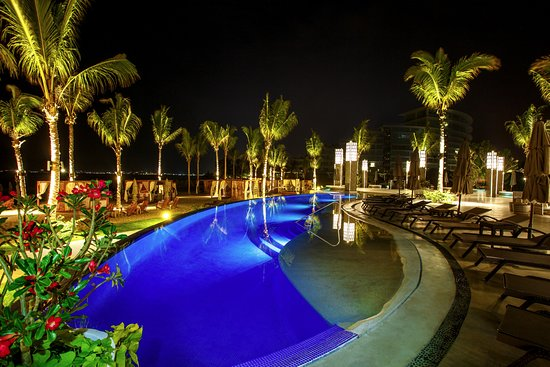 Marival Residences Luxury Resort: The best view of the pool and beach