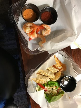 Hebron, KY: Small meals/Appetizers $30 for two small meals. Tasted so good but overprice?