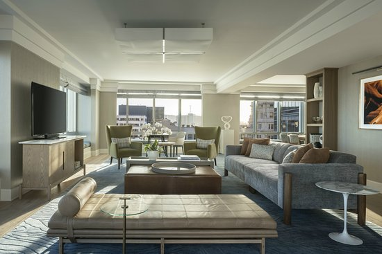 Four Seasons Hotel San Francisco: Presidential Suite Living Room