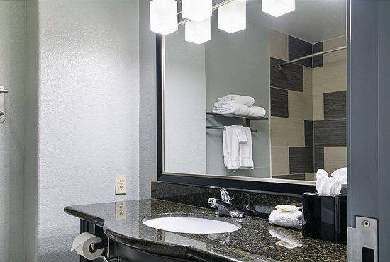 Hutchins, TX: Guest room