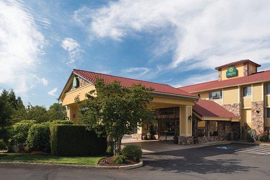 La Quinta Inn Wilsonville: Exterior