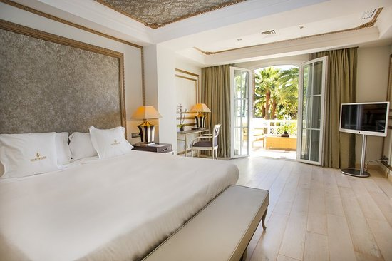 Las Dunas Beach Hotel Spa Estepona Spain