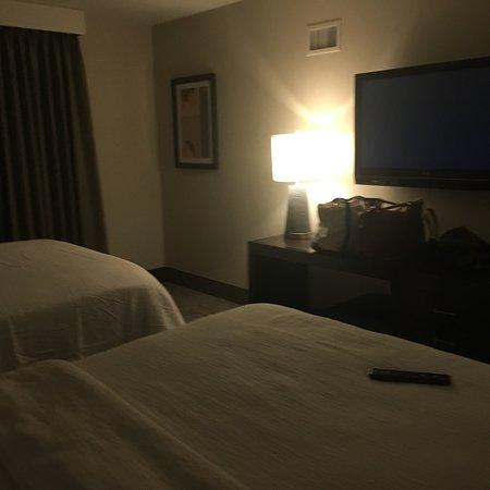 哥伦布机场使馆套房酒店照片