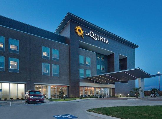 La Quinta Inn & Suites Plano Legacy Frisco