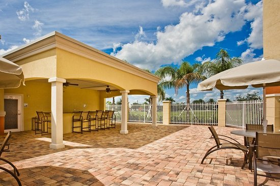 Holiday Inn Express Hotel & Suites Port St. Lucie West: Property amenity