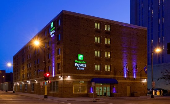 Holiday Inn Express Minneapolis Downtown Convention Center C 1 2 111 Updated 2018 Prices Reviews Photos Mn Hotel Tripadvisor