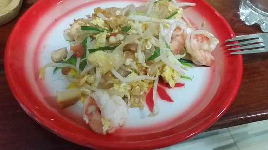 Cooking with Poo and Friends: Pad Thai