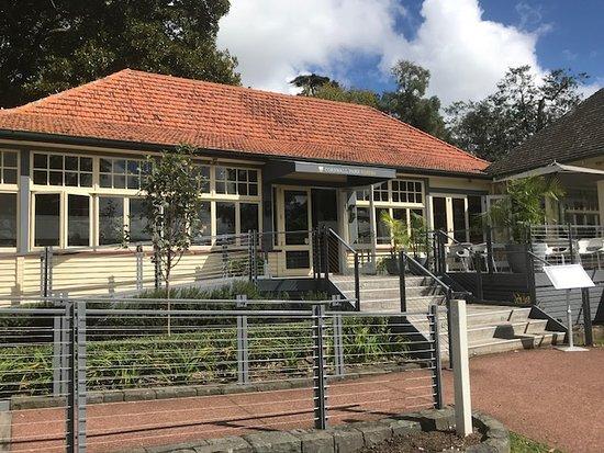 Epsom, New Zealand: Entrance