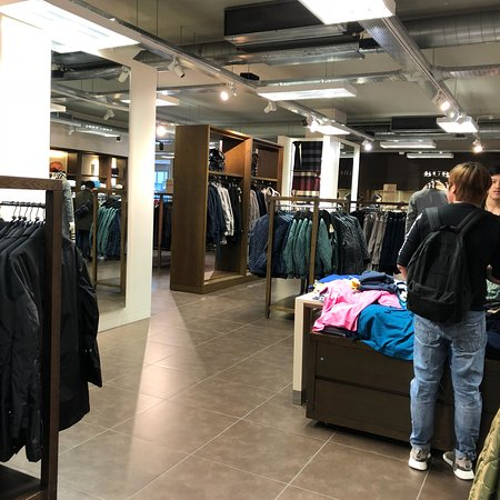 meet b3773 fca87 Burberry Factory Outlet United Kingdom | Mount Mercy University