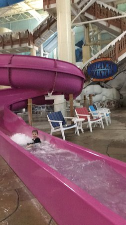 Avalanche Bay Indoor Waterpark : Much faster then it looks