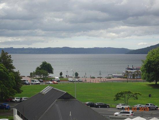 Novotel Rotorua Lakeside Photo