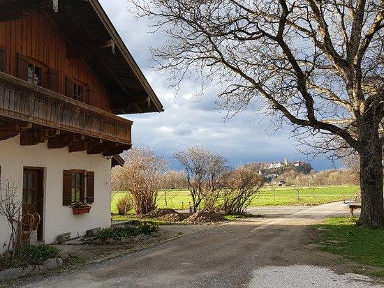 Neubeuern, ألمانيا: 20180405_182733_large.jpg