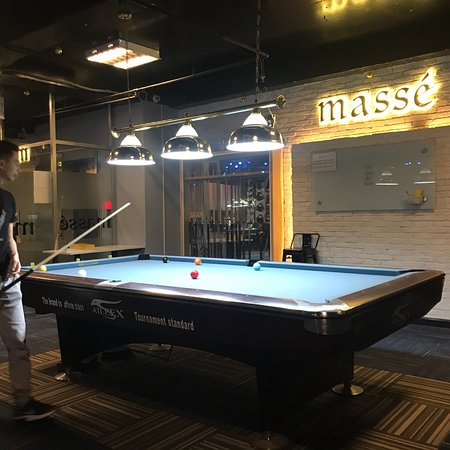 Masse Saigon Pool Club