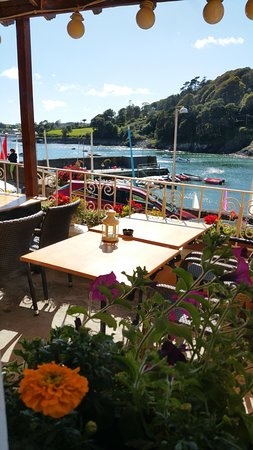 Glandore Bistro: The view from the Terrace on a Sunday Afternoon