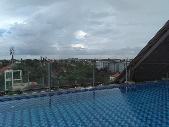 Roof top Pool view