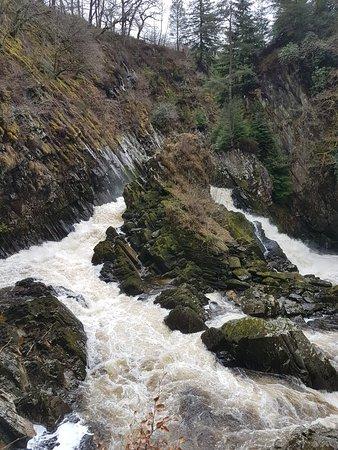 Conwy Falls: 20180404_133019_large.jpg