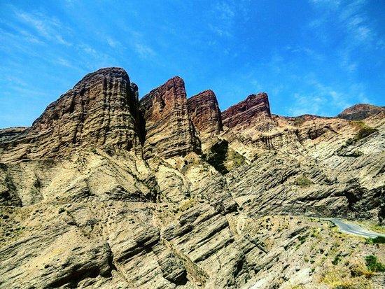 Mo'allem Kalayeh, Iran: killing goat mountain