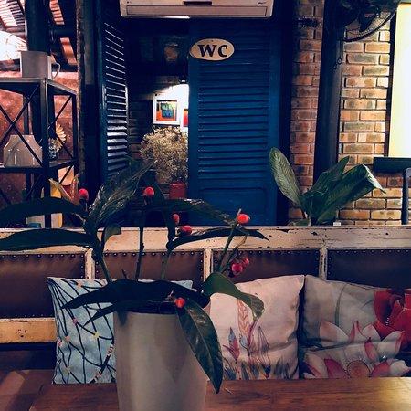 CHU Cafe & Lounge: không gian đẹp