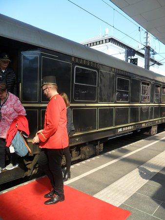 austrian imperial train majestic imperator train de luxe vienne 2018 ce qu 39 il faut savoir. Black Bedroom Furniture Sets. Home Design Ideas