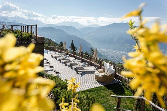 San Genesio Atesino, Italie : Giardino, Garten