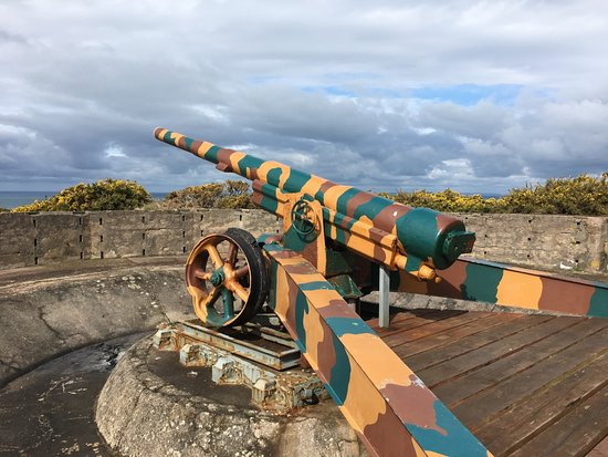 Originally a WW1 French cannon, the Germans used these across the Coast in the Channel Islands.
