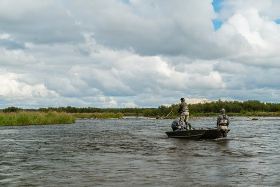 Alaska Trophy Adventures Lodge: Fly fishing for trout.