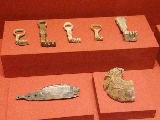 Museo Archeologico Nazionale di Adria : chiavi romane