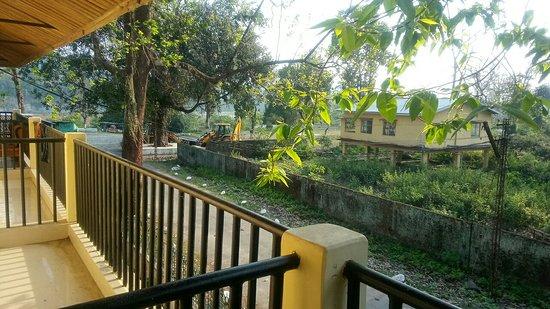 Bhalukpong, India: IMG_20180402_063900119_large.jpg