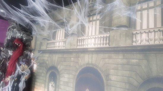 Rumah Halloween
