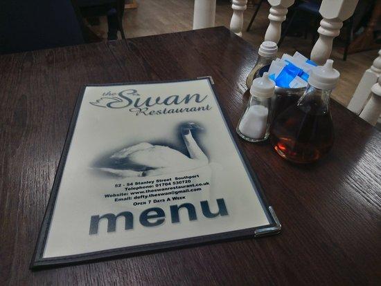 The Swan: DSC_0554_large.jpg