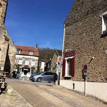 Dampierre-en-Yvelines, Francia: photo0.jpg