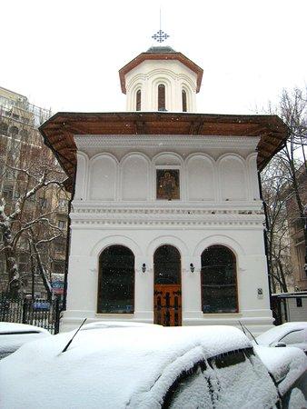 Biserica Sfantul Nicolae 'Dintr-o zi'