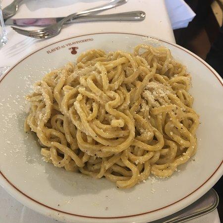 Ristorante flavio al velavevodetto in roma con cucina for Cucina romana rome