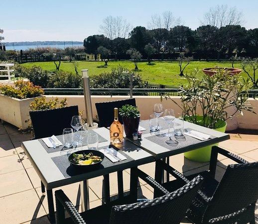table ext rieure photo de cote jardin juan les pins tripadvisor. Black Bedroom Furniture Sets. Home Design Ideas