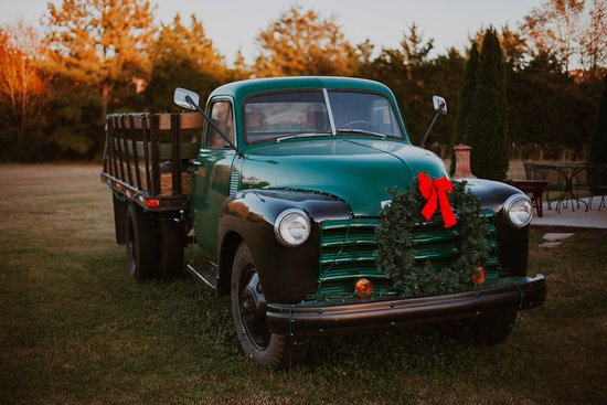 Calera, AL: CFW Farm Truck