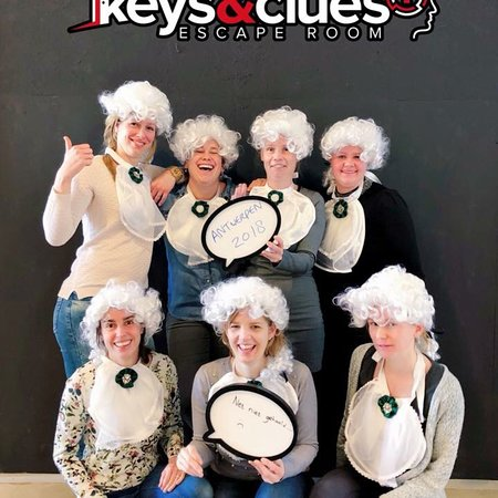 Keys & Clues Escape Room