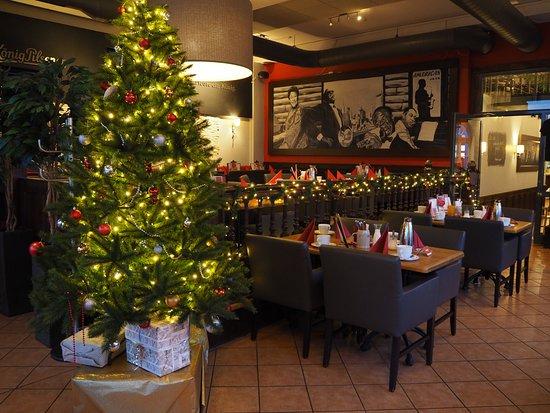 Winsen, Deutschland: Coopers an Weihnachten