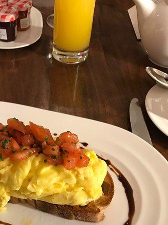 Conrad New York: Best Breakfast Ever - Free for Hilton Diamonds!
