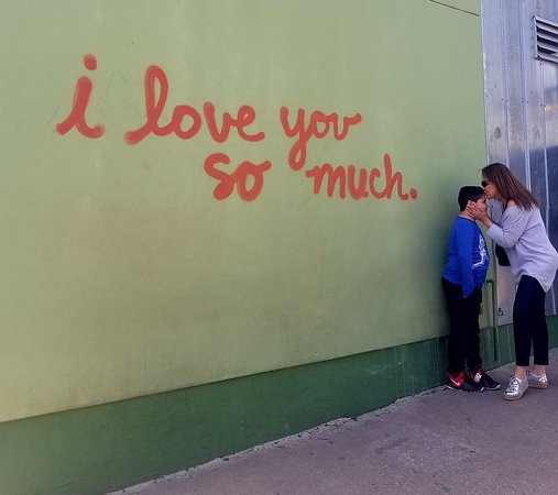 I Love You So Much Mural Foto Van I Love You So Much Mural Austin