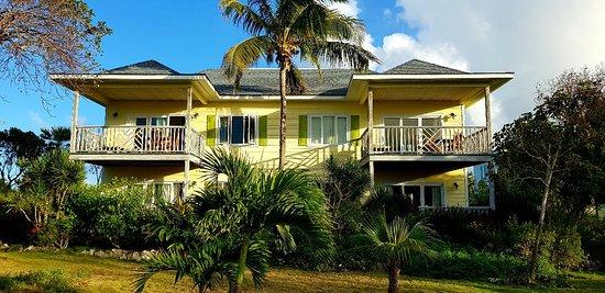Pineapple Fields Resort : 20180403_191905_large.jpg