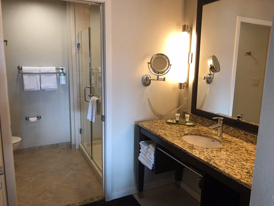 Hyatt House Philadelphia/King of Prussia: Double Queen Suite