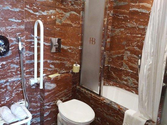 Hotel Bucintoro: IMG_20180331_1230200_large.jpg