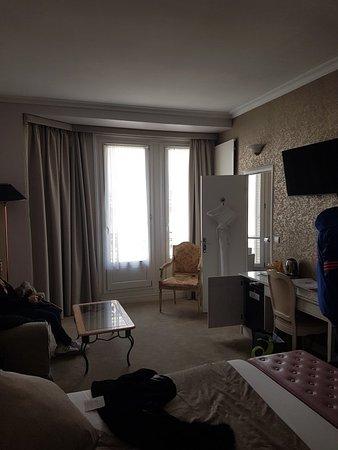 Hotel Princesse Caroline: 20180407_142119_large.jpg