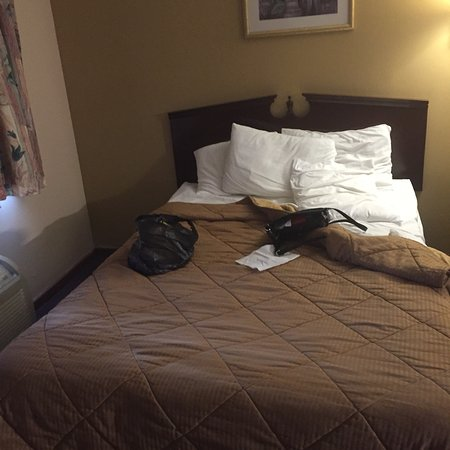 Americas Best Value Inn Plattsburgh : photo2.jpg