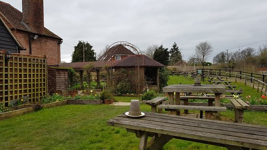 Loxwood, UK: The Onslow Arms