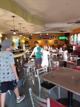 Big Al's Island Burger: 20180407_182529_large.jpg