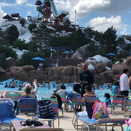 Complete Guide to Disney's Blizzard Beach Water Park (2019)