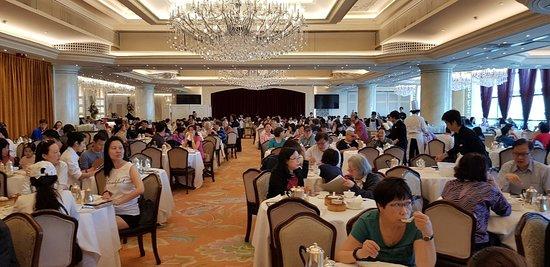 Maxim's Palace Chinese Restaurant : 20180401_101638_large.jpg